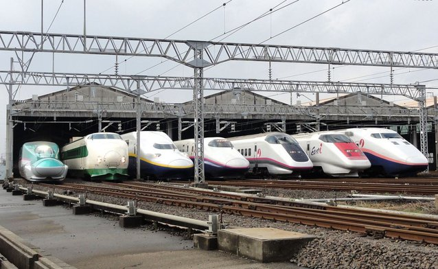 over-the-years-the-bullet-train-has-been-popular-with-celebritie