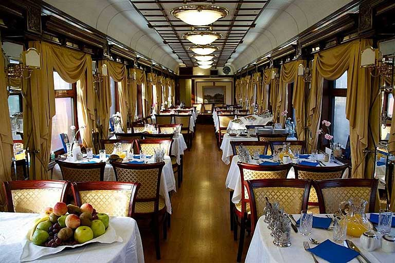 golden-eagle-luxury-train-04